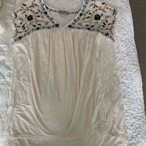 Lucky Brand white blouse with embroidered details